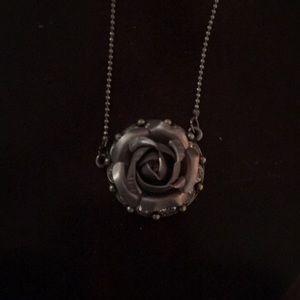 "16"" w/ extender rose necklace in silvertone"